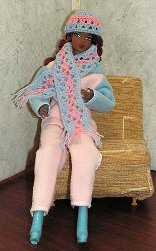 Как связать для куклы барби шарф